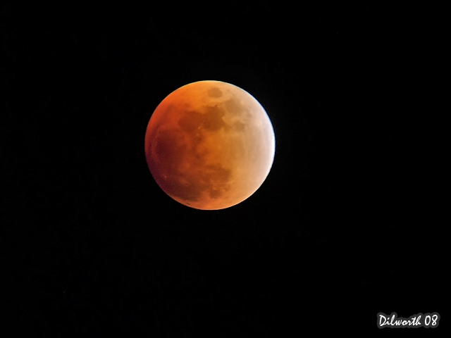 671m1 Lunar Eclipse